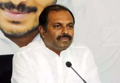 Is Chandrababu paying for Nimmagadda's costly lawyers?, asks Srikanth Reddy